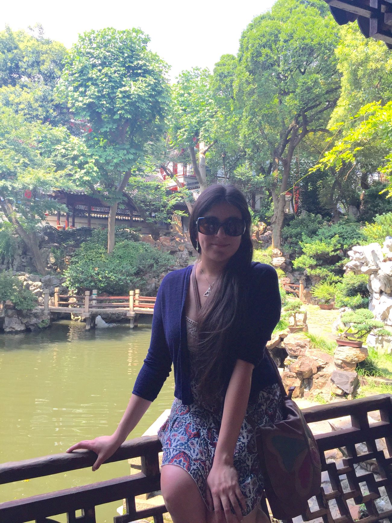 The other side of the world Shanghai Yuyuan Garden Outdoors That's Me Chilena Thats Me  Latina ♥ Hi! Smile Woman Long Hair Sunglasses Photooftheday Photo Garden