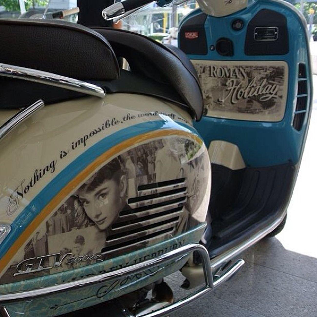 Sweet ride! Vespa Audreyhepburn Insta_awe Igers Ignation Instagood Instalike Instamood Happybatins Batintin POTD Photooftheday Picoftheday Bestpic Megusta Melikey Followstagram Tweegram