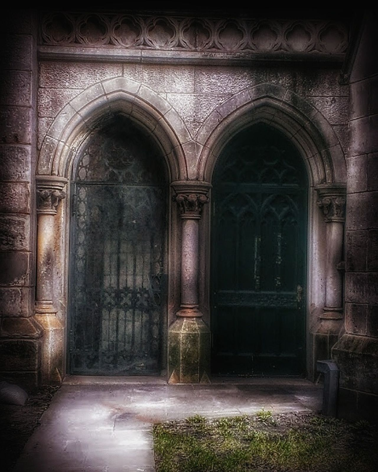 Knock-knock-knockin on Heaven's door... Abandoned Buildings Built Structure Churches Doorsandwindows Doorsonly Urban Lifestyle Creepy Atmoshpere EyeEm Gallery Building Exterior Tresspassing For Art AMPt - Abandon AMPt - Street Decaying Damaged Textured  Urban Deterioration Doors Church Architecture Architecture