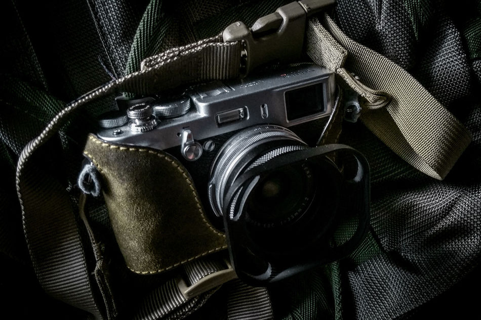 Follow me on Instagram @anyhow.shoot Product Camera Rangefinder Tactical Streetphotography Everybodystreet Street Photography Silver  Olive Green Fujifilm Fujifilm_xseries Fujiflm X100S Lieblingsteil
