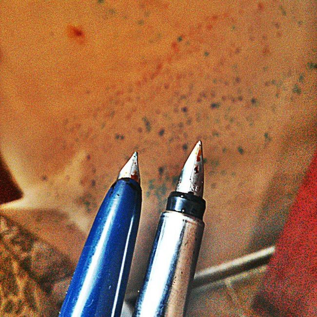 Heropen and Parker ready..orange crush ink of Privatereserve . FPGEEKS Fountainpen Pengeek Privatereserve Medicine OPD Mondays Penporn