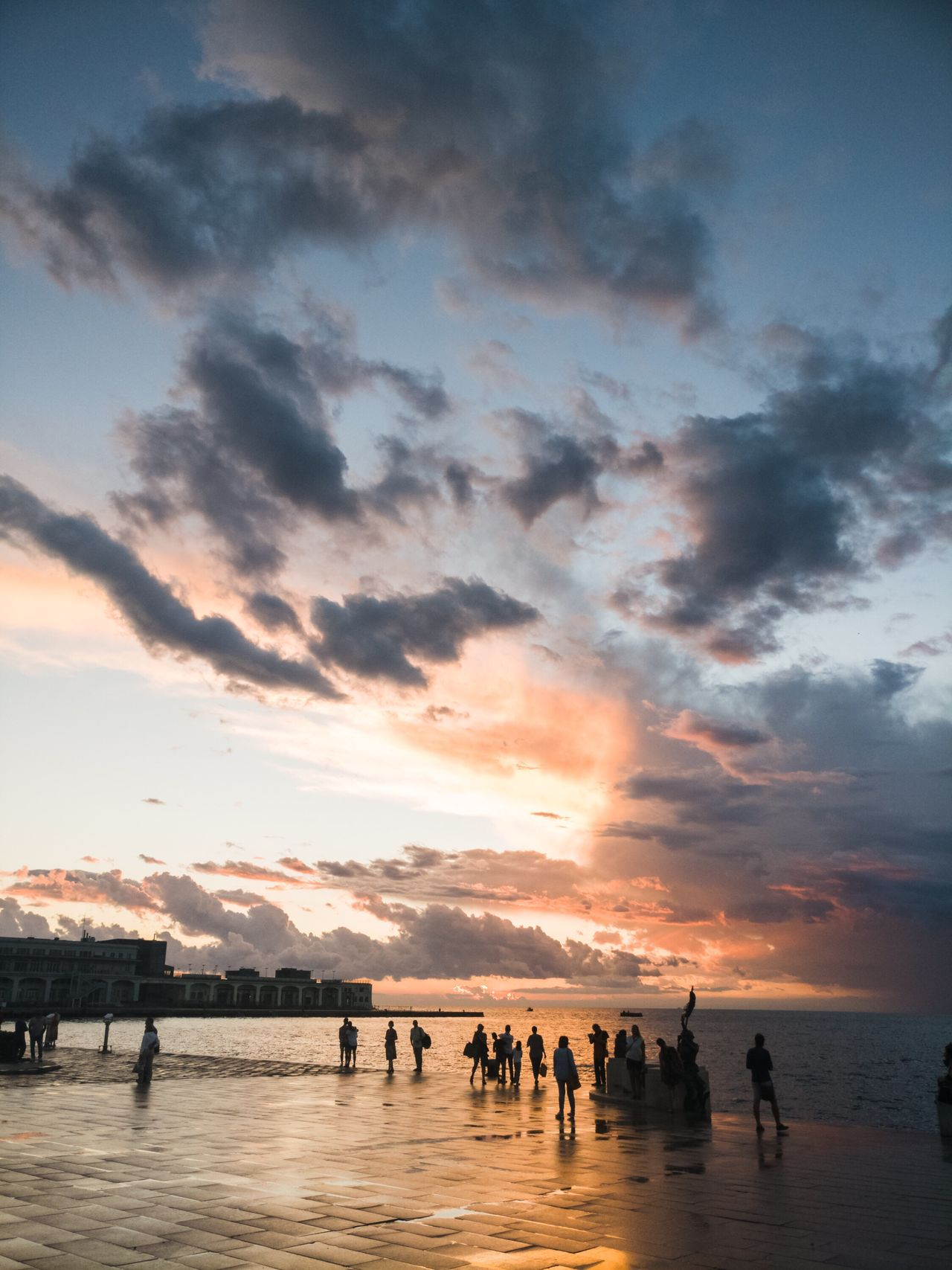 Water Sunset Sky Cloud Silhouette Large Group Of People Tranquil Scene Tranquility Vacations Enjoyment Person Outline Calm Group Of People Reflection Enjoying Scenics Cloud - Sky Ocean Nature EyeEm Best Shots EyeEm Gallery EyeEmBestPics Eye4photography  Sunset_collection