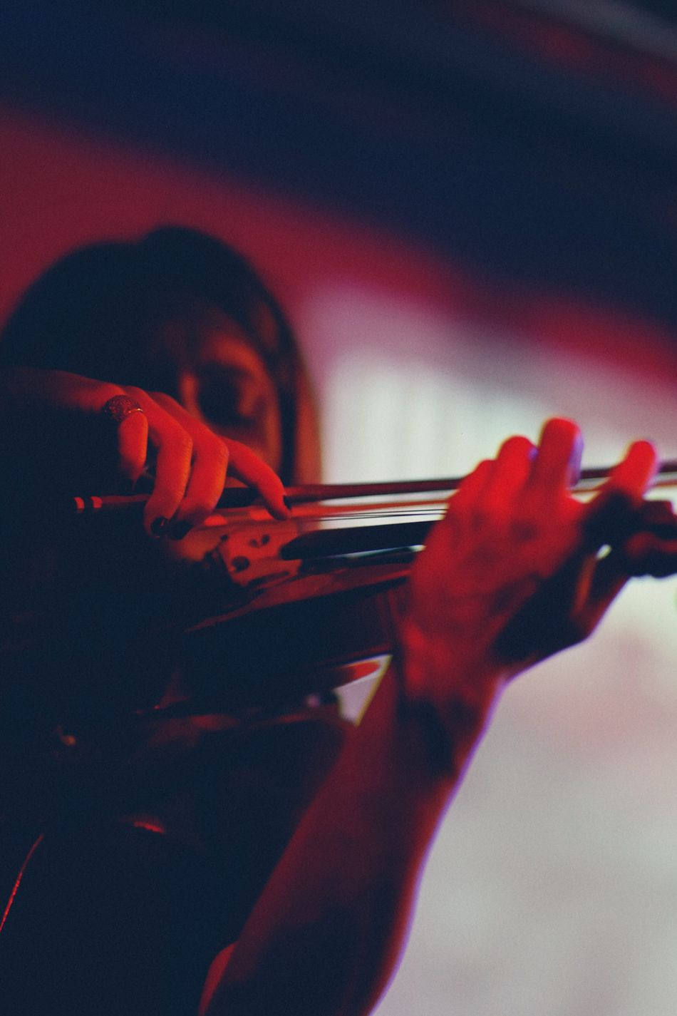 TCPM Music Musical Instrument Violin Playing Musician One Person Musical Instrument String Arts Culture And Entertainment Violinist Young Women Close-up EyeEm Best Shots EyeEm Masterclass Beautyisourduty One Woman Only Concert Blue