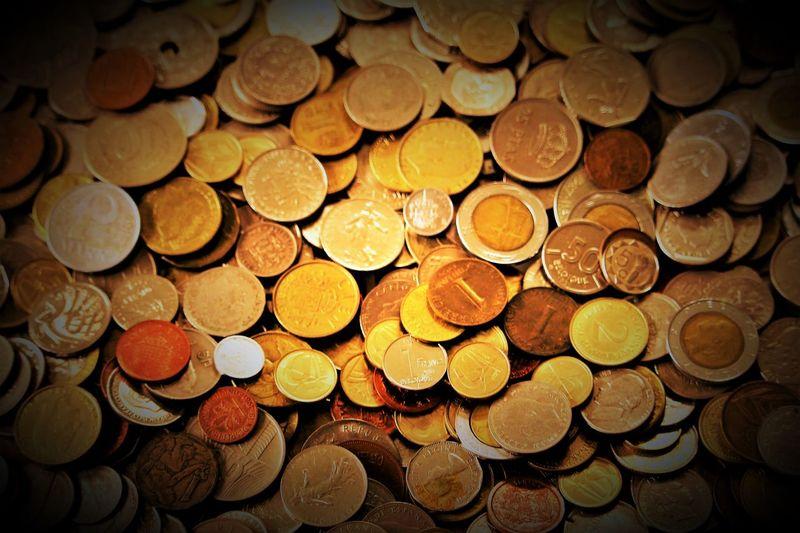 Alte Münzen Berg Münzen Coin Coin Collecting Coin Collection Coins Coins Worldwide Currencies Currency Finance Finanzen Geld Inflation  Money Münzen Münzen Weltweit Münzgeld Münzhaufen Münzsammlung Old Currency Savings Währungen Zahlungsmittel