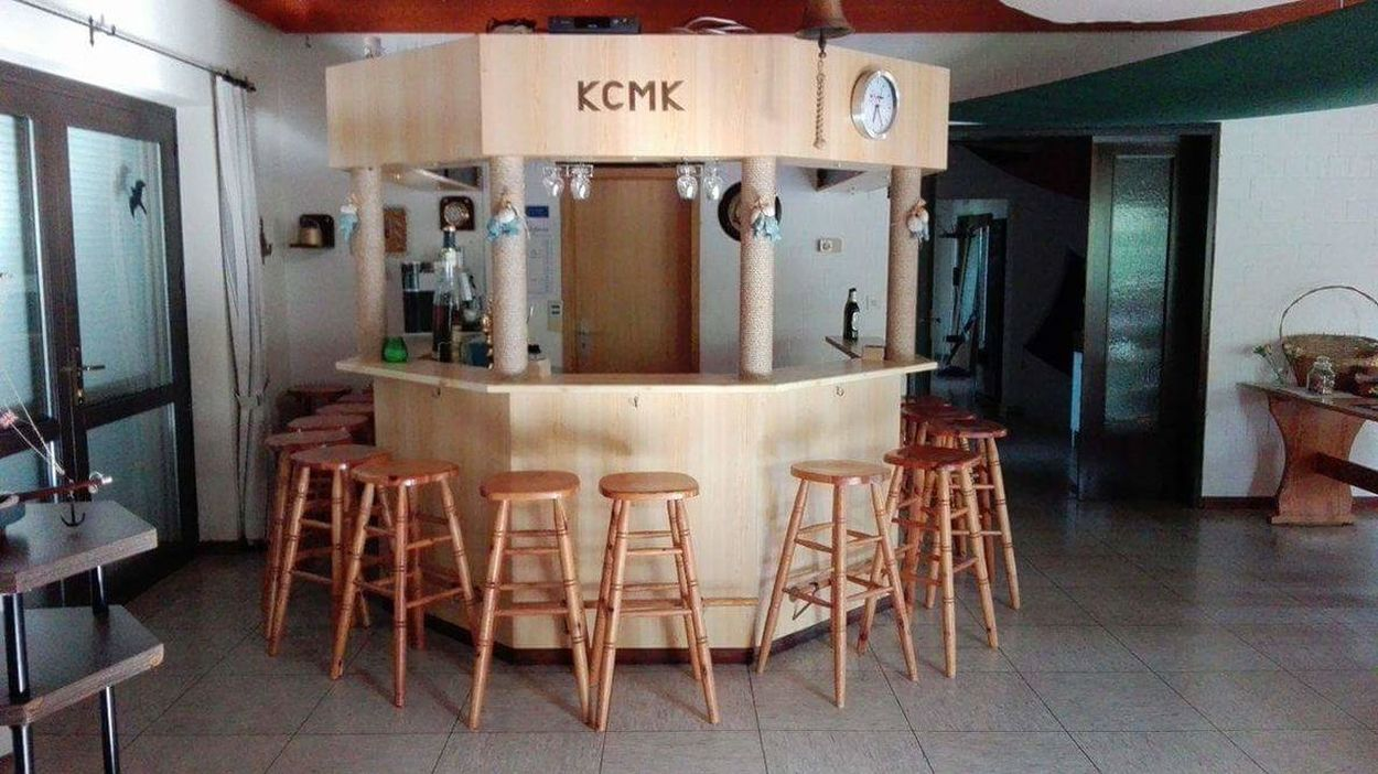 2016 Indoors  No People Chair Day Bar KCMK Verein