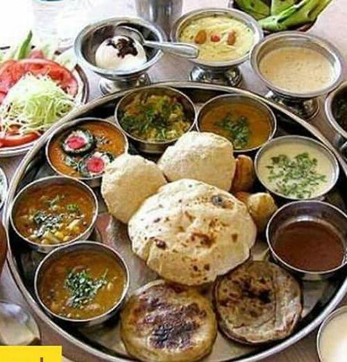 Food Gujarati Dish Indian Culture  Delicious Food Dish Lounchtime Vegitarian My Best Dish Golocal_gujarat Gujarattourism