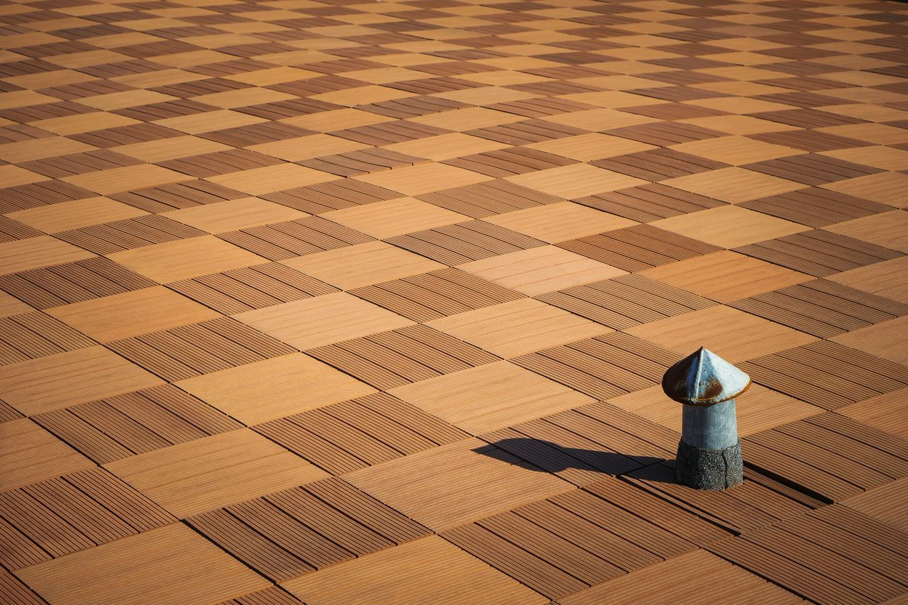 Minimalism Drastic Edit Light No People Outdoors Day Architecture Roof Roof Structure Symmetry Light And Shadow Minimal Ventilation Perspective Design Abstract OpenEdit Chess