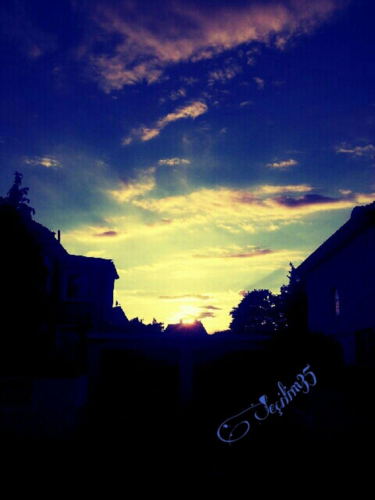 Günes her gün guzellikleriyle dogar... Love Enjoying The Sun Taking Photos Enjoying The View Enjoying Life Clouds And Sky Sun_collection Nature_collection Sun Happy