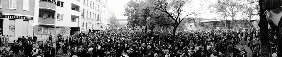 Day 307 - Erste May Berlin Blackandwhite Streetphotography Streetphoto_bw Party Music 365project 365florianmski Day307