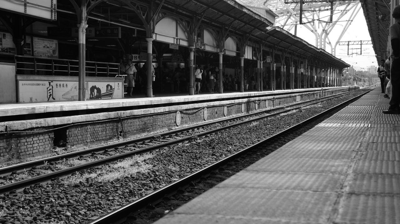 Train Station Taichung, Taiwan Memories Blackandwhite Photography EyeEm Best Shots - Black + White Historical Building Relaxing SonyNEX5n Taking Photos