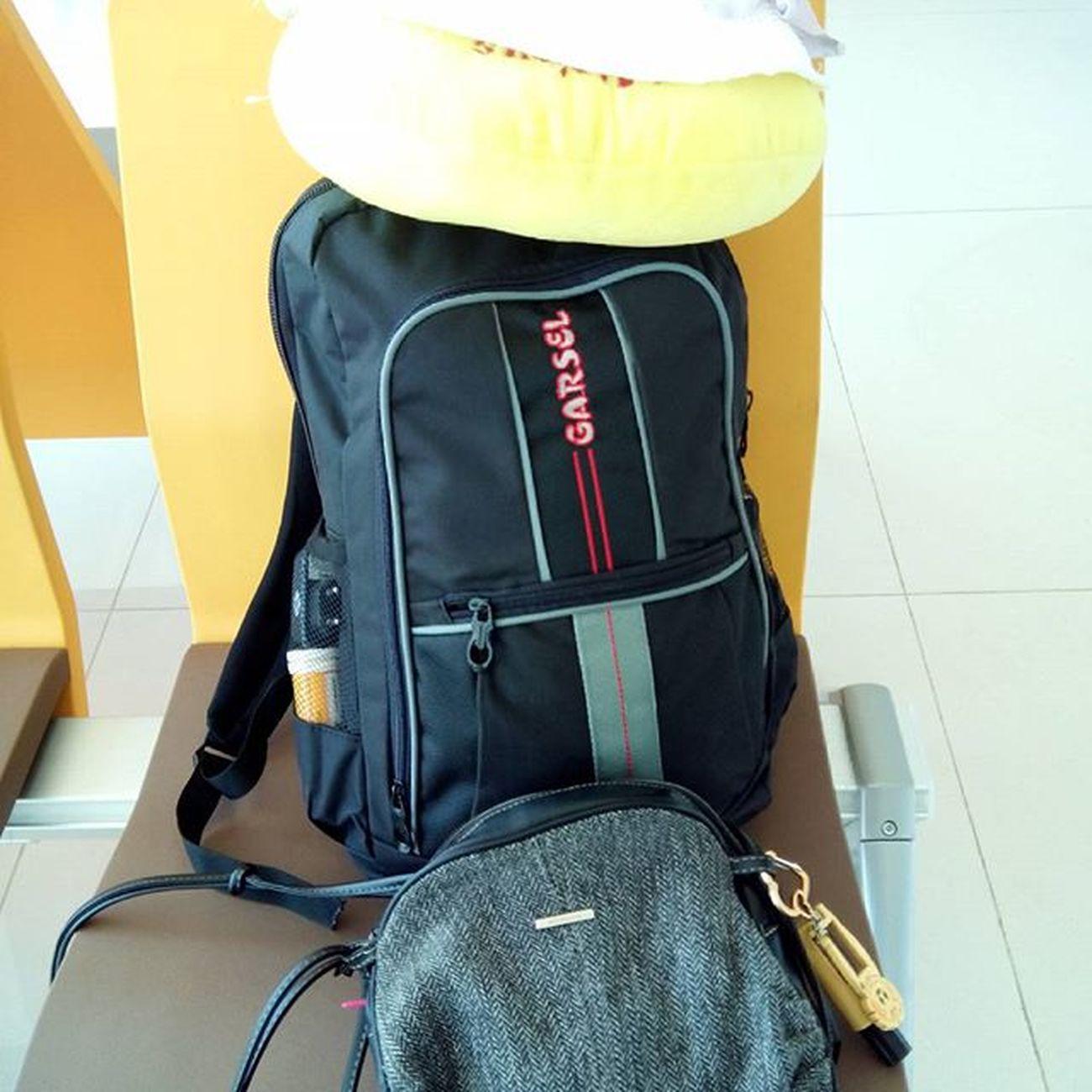 Bismillah, budal disek rekkk Mbambungnekat Traveling Backpacker Djuanda plane