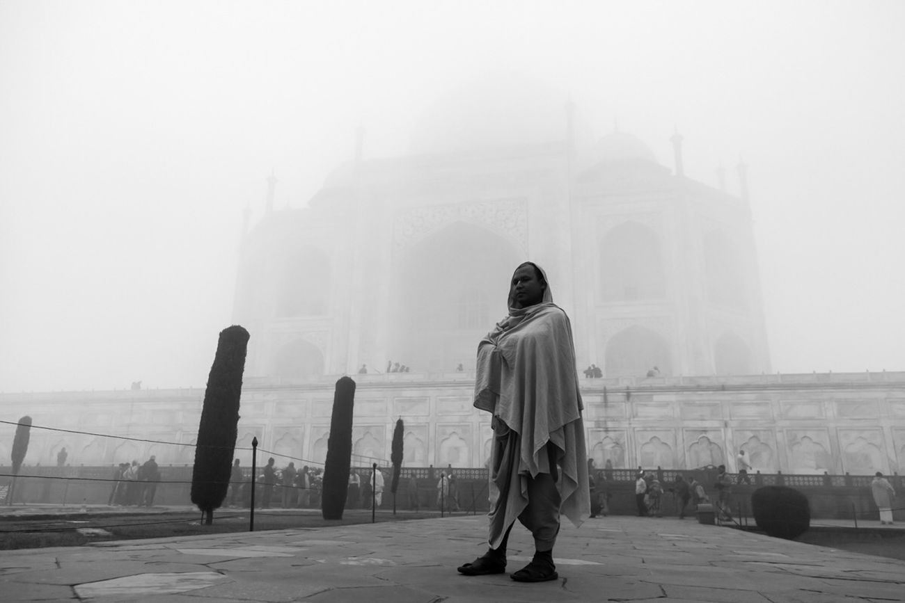 Taj Mahal Street Streetphoto_bw Streetphotography Street Photography Urban India Black And White Taj Mahal Travel Photography Travel