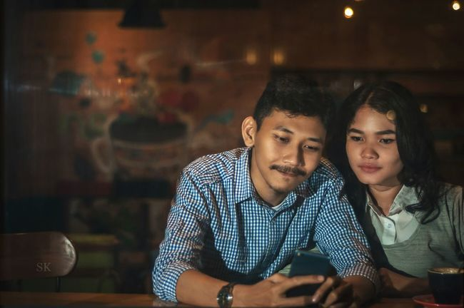 I want you around me, until our hairs get grey and our faces get wringkles. Togetherness Casual Clothing Taking Photos EyeEm Gallery EyeEm Best Shots Prewedding Photo Weddings Around The World Prewedding Photography Prewedding Friends Couple Love Lovestory
