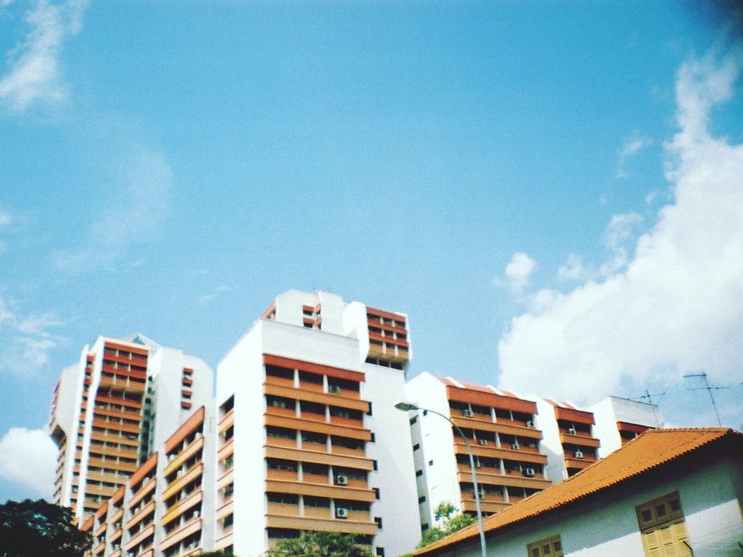 La Sardina 35mm Film Photography Film Camera Analogue Vibes Analogue Love Analog Camera Analogue Photography Analog Street Photography Keep Film Alive Filmisnotdead Little India Singapore The Street Photographer - 2016 EyeEm Awards Your Design Story Architecture Architecture Photography