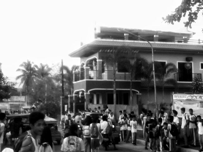 People Of EyeEm Collected Community Students Thebighouse Overcrowded Streetphotography Blackandwhite Photography Comotion Outdoors