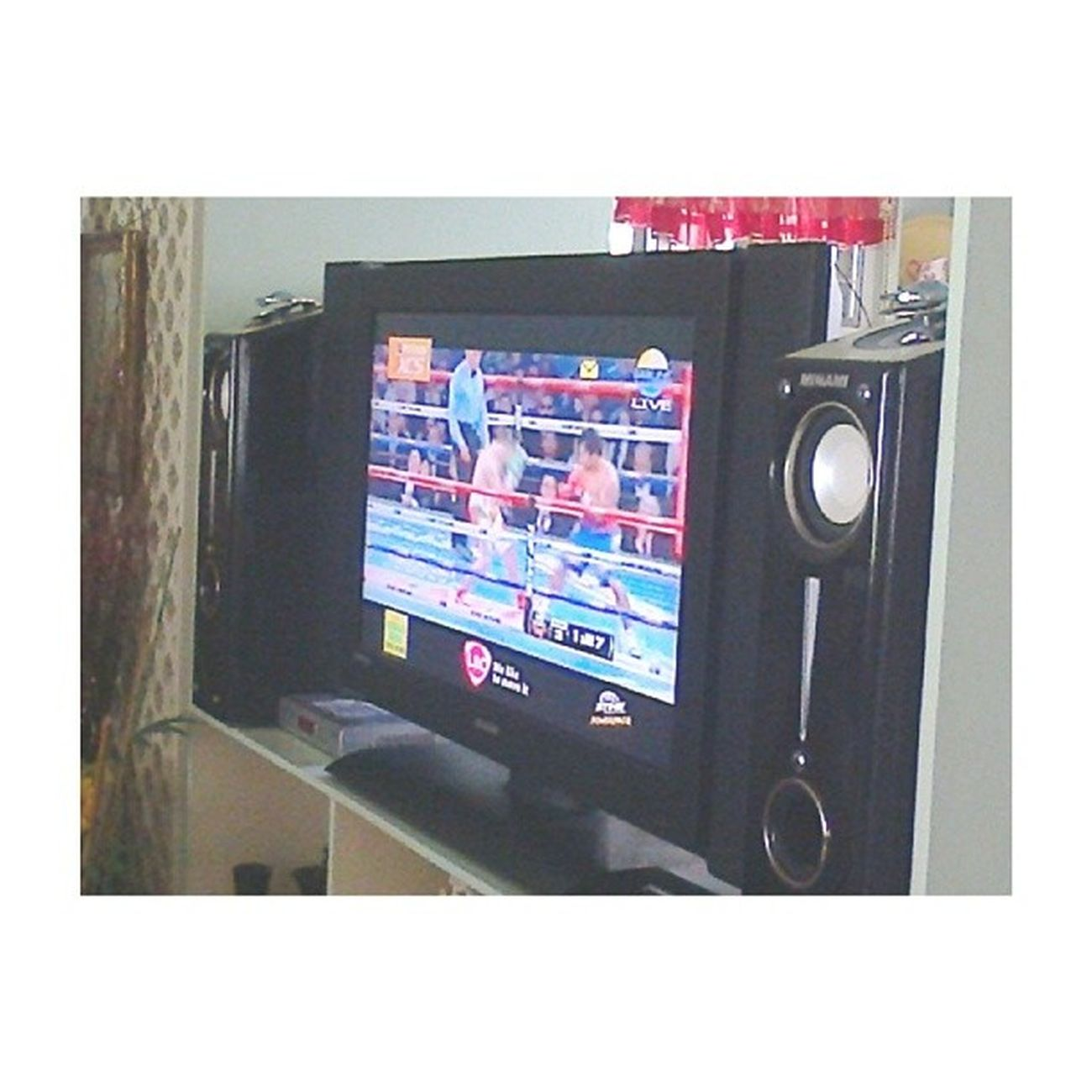 Got home from church and now watching Pacquiao vs Rios on payperview. Go Teampacquiao ! ??