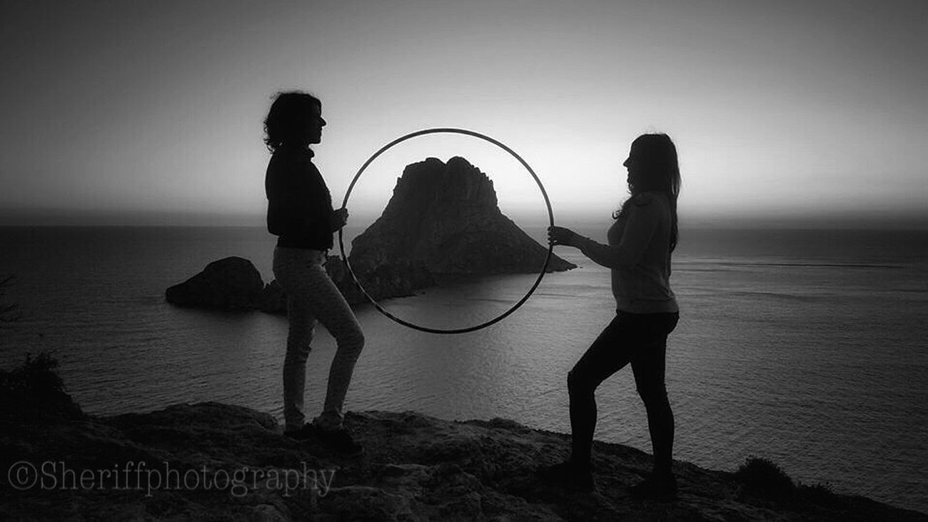 Shilouette Shillouette Nature Tadaa Community My Bw Obsession EyeEm Best Shots - Black + White Life Is A Beach BW Collection My Unique Style My BW Obession The Amazing Human Body Femininity Horizon Over Water Women Beach Clear Sky Outdoors Real People Sea