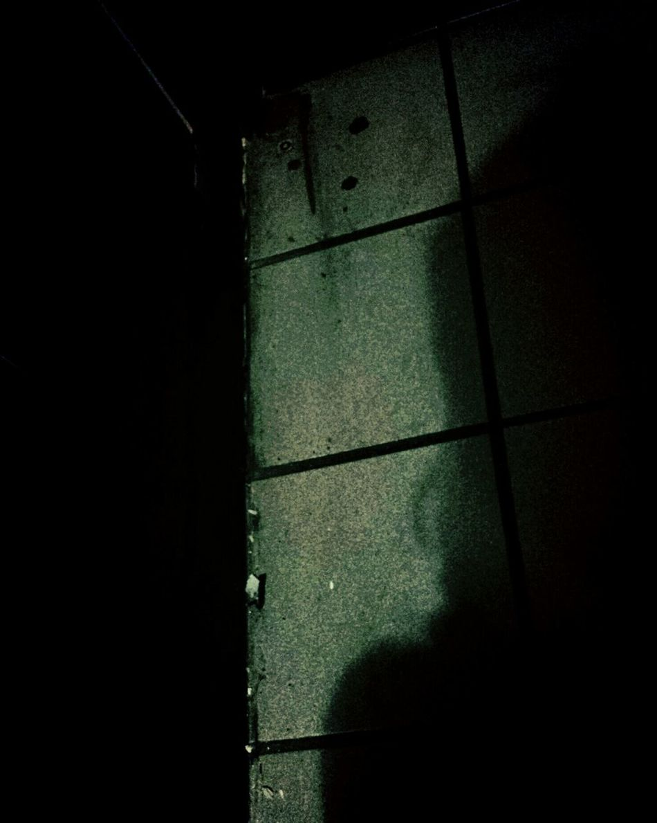 Shawdows Low Angle View Indoors  Nonamevoodoo Abstract Surealism Routenowhere Light And Shadow Absurd Thoughts Streetlights And Shadow Night Dark