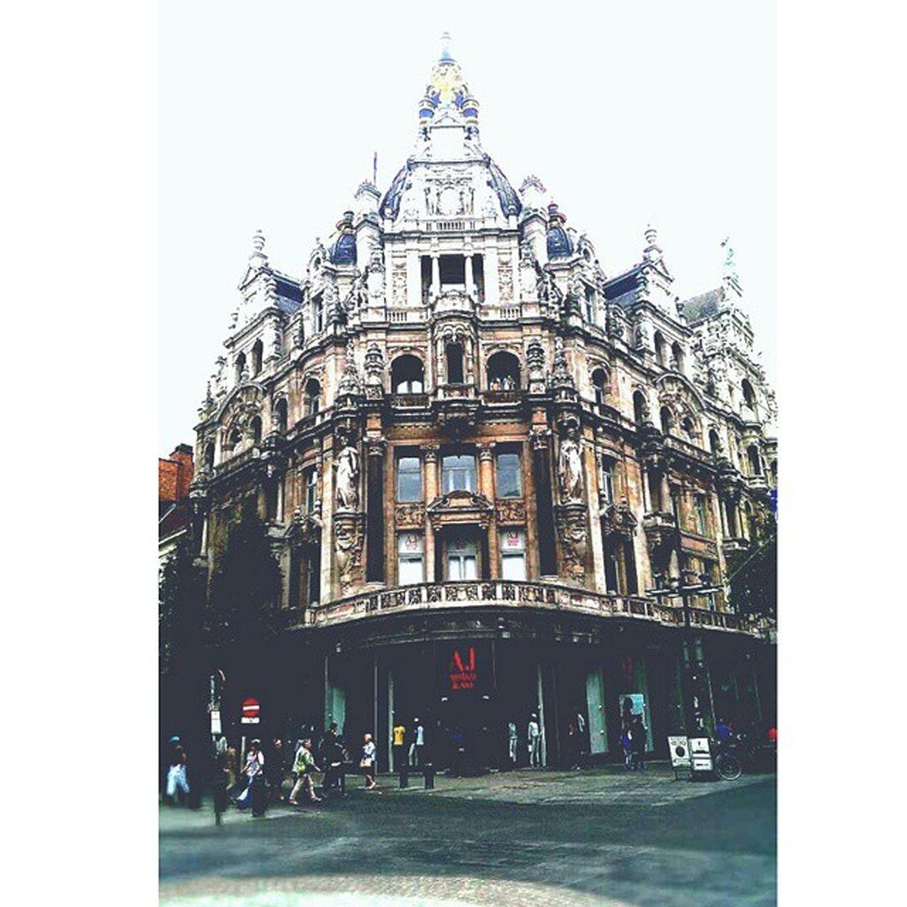 Antwerp Antwerpen Flandres  Belgium ?