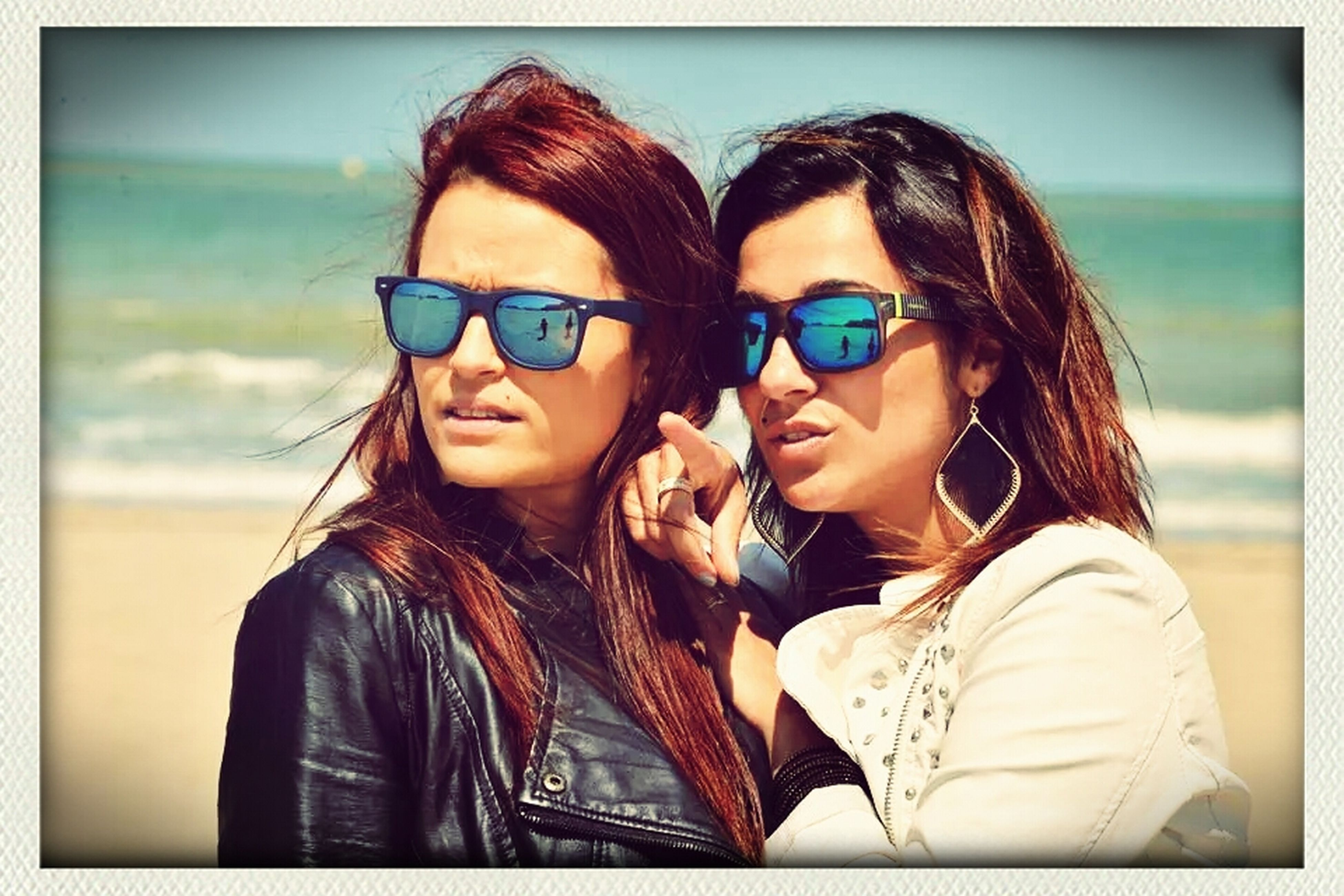 lifestyles, young adult, leisure activity, young women, person, looking at camera, portrait, togetherness, sunglasses, smiling, bonding, casual clothing, long hair, front view, happiness, headshot, focus on foreground