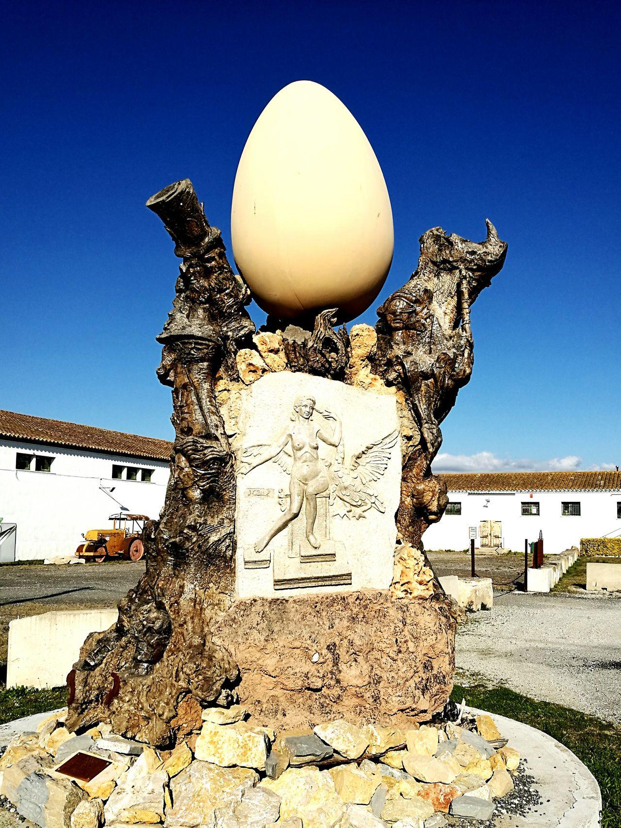 Olivera Milenaria, homenaje a Salvador Dalí, 1995 Escultura Esculturas Y Estatuas