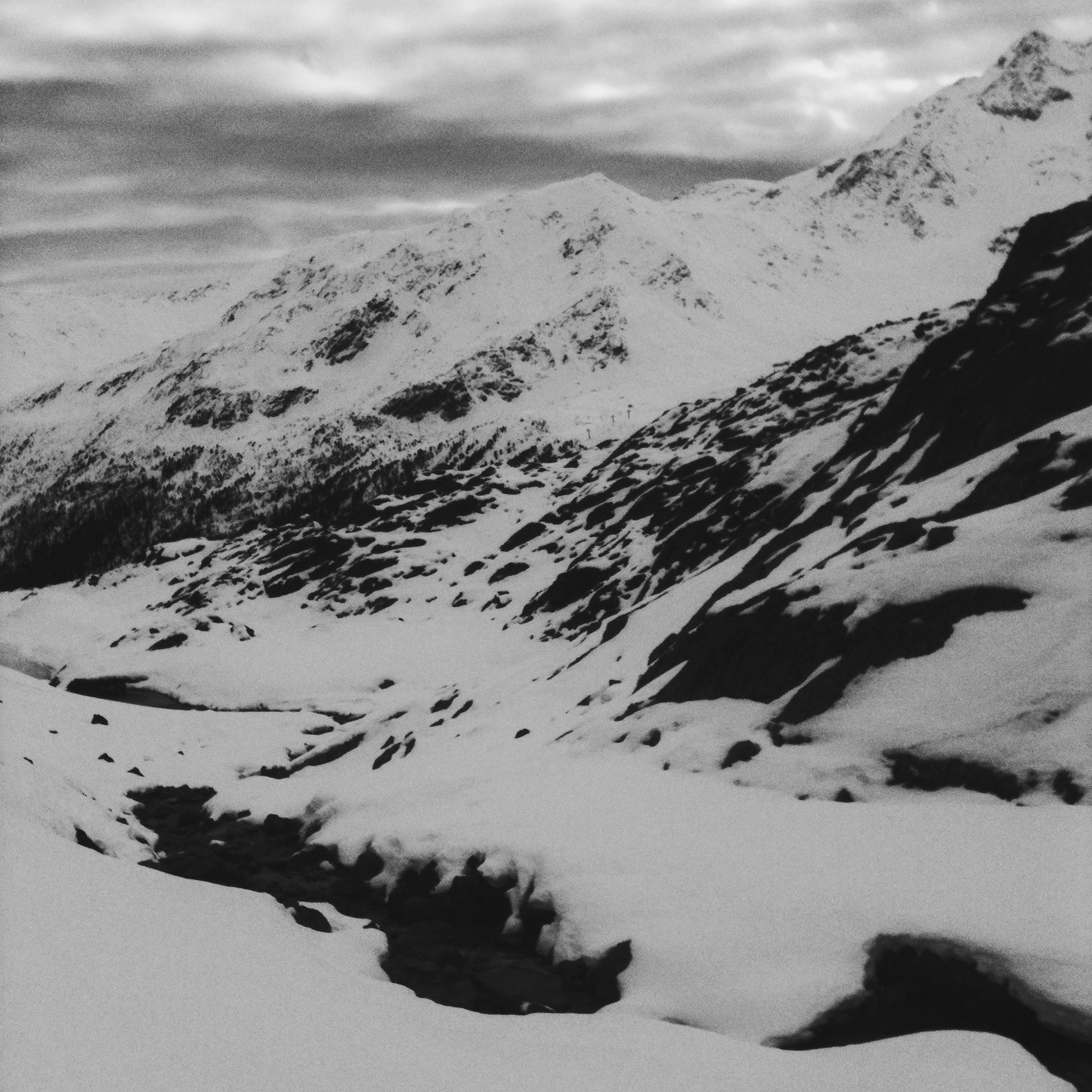 snow, winter, mountain, cold temperature, tranquil scene, tranquility, landscape, scenics, mountain range, beauty in nature, season, nature, sky, weather, non-urban scene, snowcapped mountain, covering, idyllic, snowcapped, remote