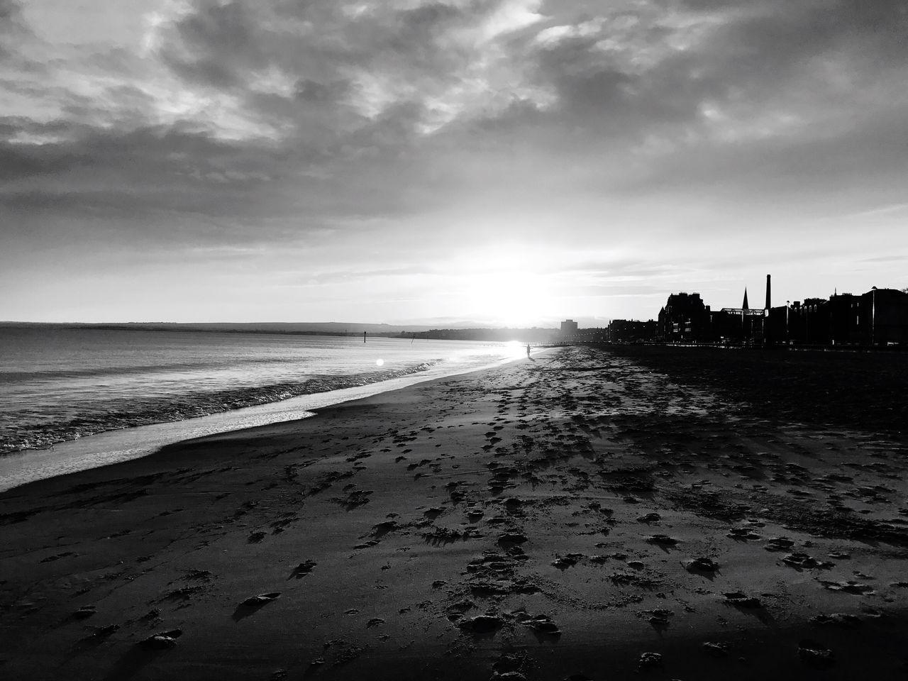 Sunset #sun #clouds #skylovers #sky #nature #beautifulinnature #naturalbeauty #photography #landscape Portobello Beach, Edinburgh Beauty In Nature EyeEm Best Shots