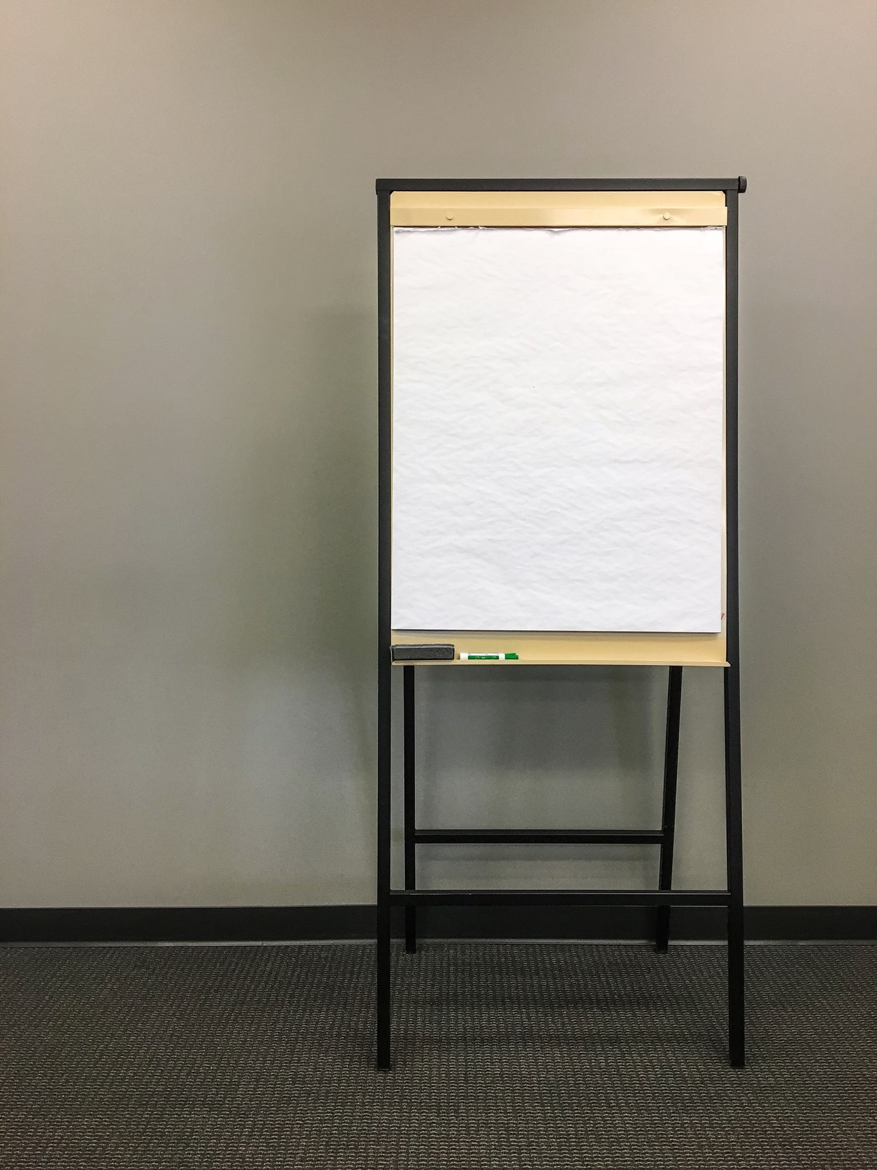 Indoors  No People Education Day Architecture Close-up Easel Blank Paper Blank Space Blank Canvas Start From Scratch Planning Plan Draw Up Draw Meetings Office Meeting Room Making Plans Planning Ahead Making Goals Presentation Teaching Simple Instructing