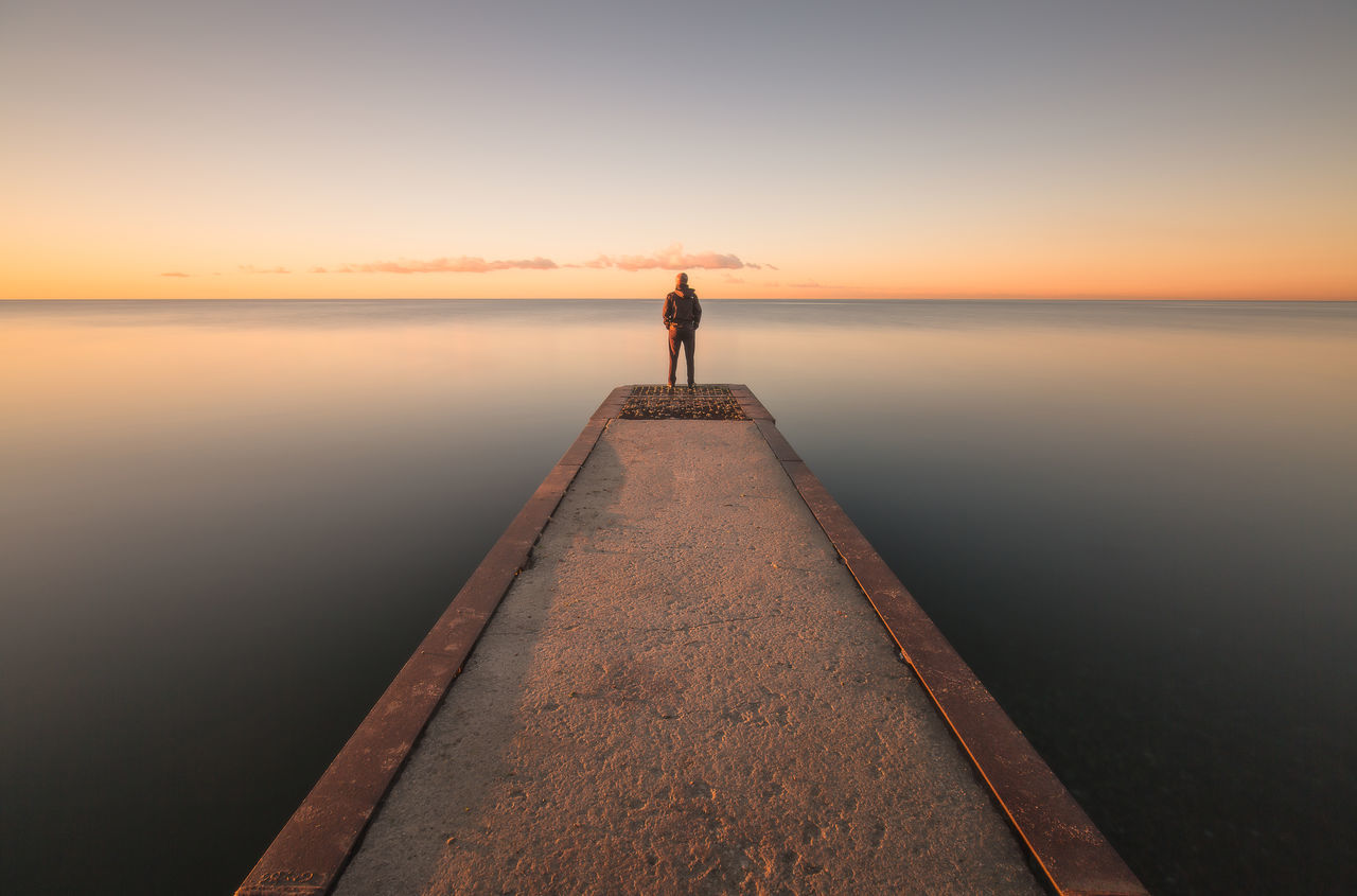 TCPM Man Water Sky Beach Landscape Sunlight People Scenics Outdoors Sun Canada Calm Waters Longexposurephotography Sunrise_Collection Beautiful Selfportrait Toronto