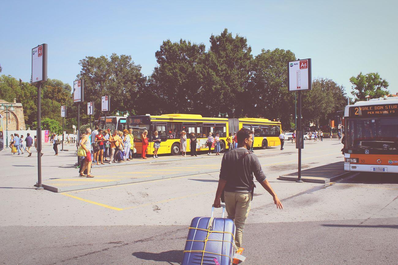 City Rush Busstation People Venice