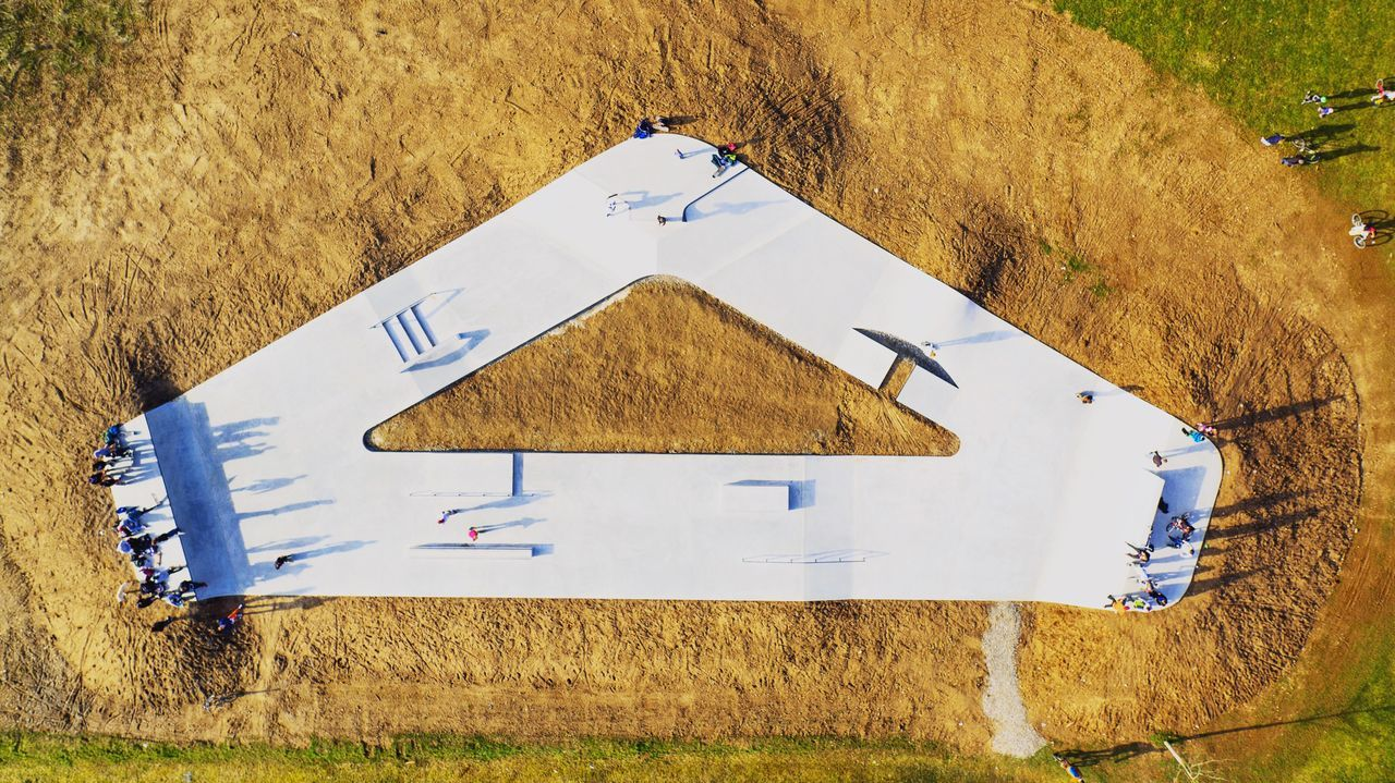 Skaterpark im Hegau aus der Vodelperspektive. Aufgenommen mit der DJI Inspire Pro und dem Zenmuse X5 In Raw. Drone  Dji Vogelperspektive Nature Sport Enjoying Life Light Landscape Outdoors Taking Photos Relaxing Aerial View Germany Flying Colorful Colors Skatelife Art Skate Skatepark Copter