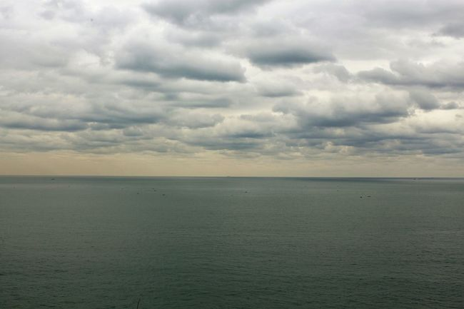 Gloomy overcast... Clouds Cloudscape Sea Travel Photography Traveling Busan 이기대, 부산
