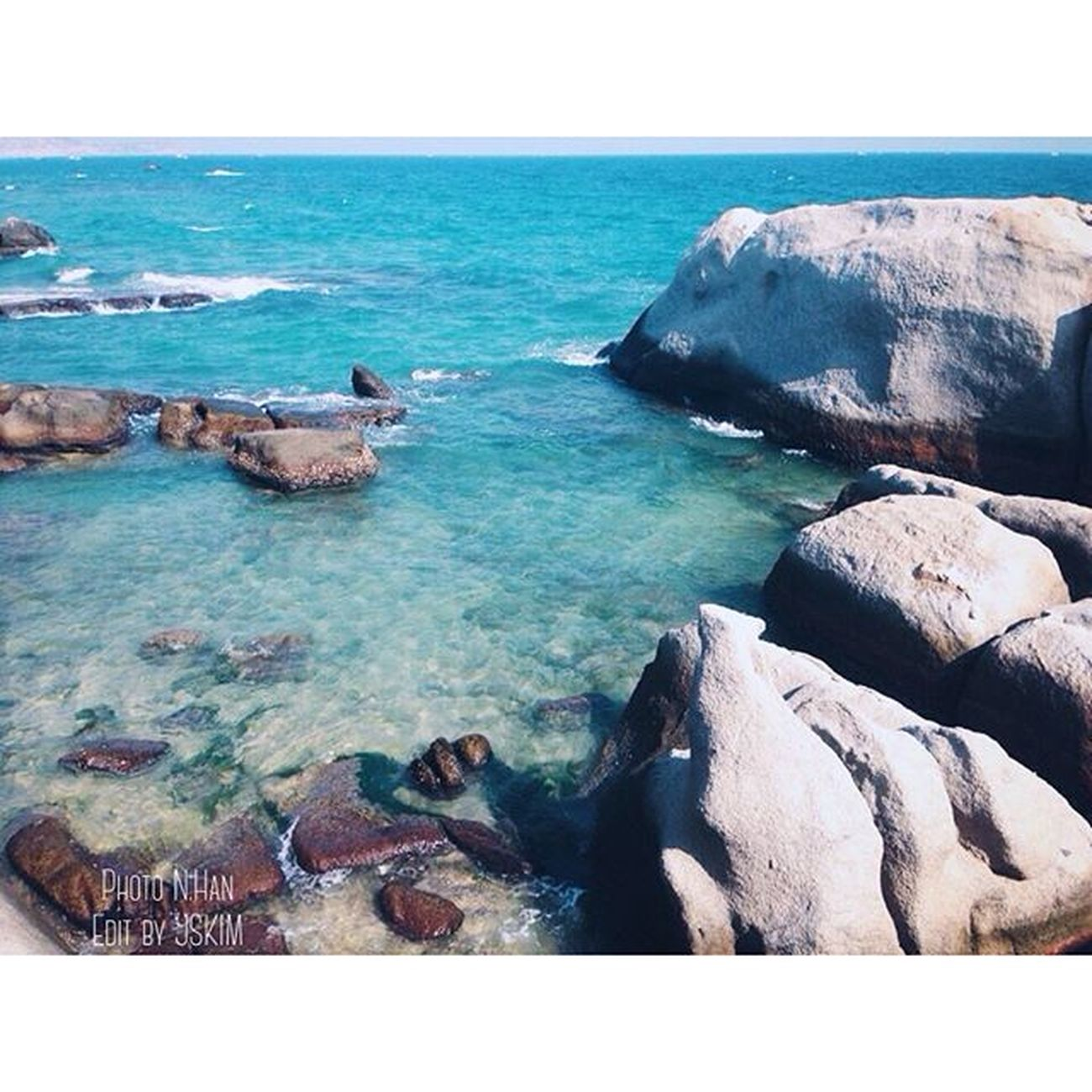 Relax................... Summer Beach Sea Stone Sky Blue Photooftheday Instagood Love Like Followme Beautiful Travel Traveling VSCO Vscocam Piclab Vietnam