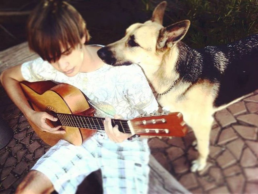 Peace Bestmusicshots Germansheppard Me Guitar Dog Throwback . Goodolddays