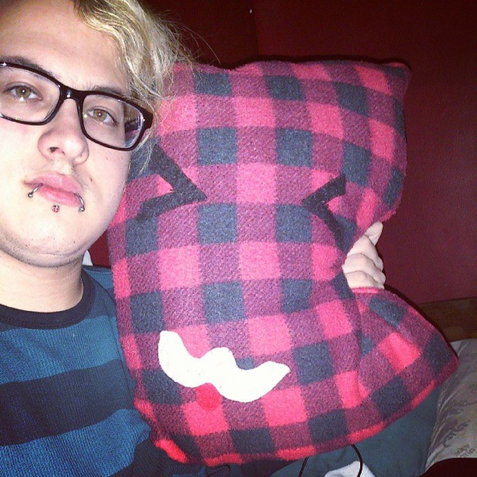 One of my very close friends handmade this pillow for me. Nya!! Guy Tflers Brony Piercing Stretchedlobes Labret Wayfarers Blonde Plugs Snakebites Cbr Captivebeadring Emo Stretchedears Mlp Fim Follow Followme Otaku Kik Me Cute Gauges Guyswithplugs Guyswithstretchedears bodyjewelry evantelico audiencekiller eldritchshy akevantelico91
