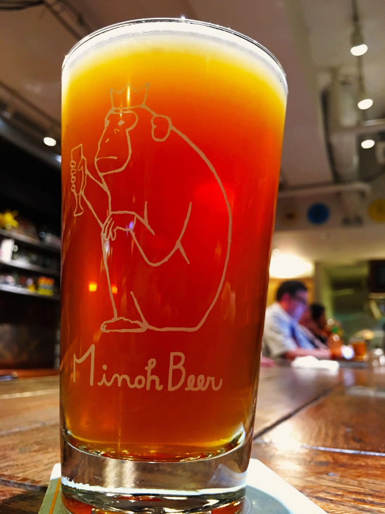 箕面 Minoh の 猿 サル Monkey Pint Glass 。ここしばらく、リアルな猿を見ていない。 Watering Hole Relaxing Japan Tokyo Shinjuku Yoyogi Beer Beer Time