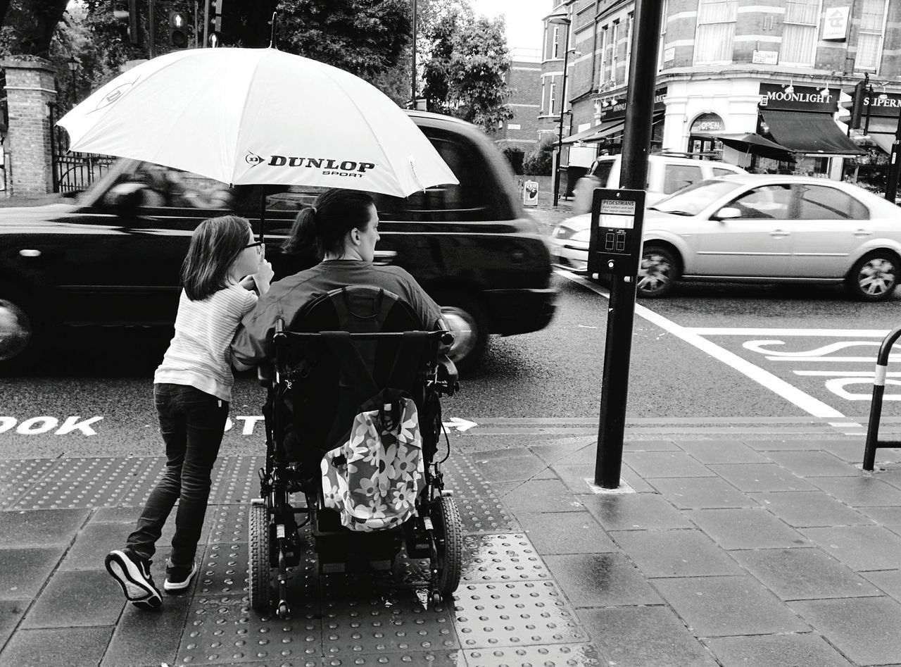 Day 37 - Crossing London Streetphotography Streetphoto_bw Rain 365project 365florianmski Day37