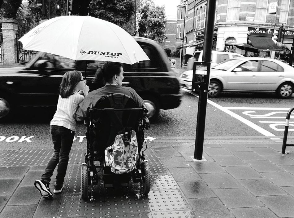 Day 37 - Crossing London Streetphotography Streetphoto_bw Rain 365project 365florianmski Day37
