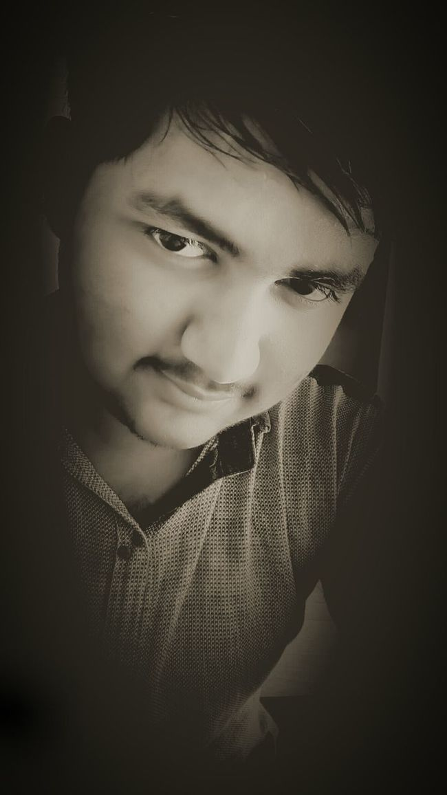 I m not handsome but i can give a hand to someone , who need 😊☺☺Simple Boy Average Boy Cute? Like ? Indian Not Handsome Happy Love Good Morning Fun Skype Kik →shiv3386Whatever Sunlight Kikme Kik? Boy Friendship ? Friend Messge