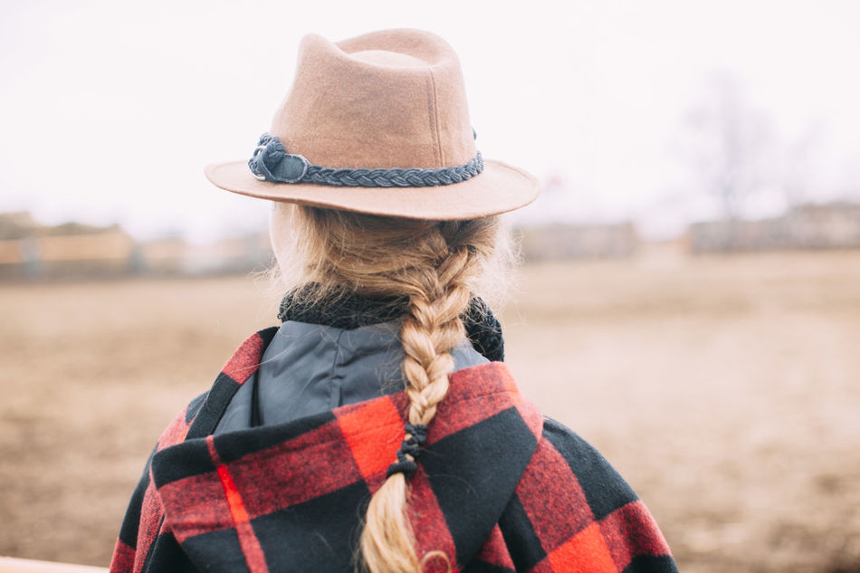 Beautiful stock photos of freunde,  Braided Hair,  Casual Clothing,  Checked Pattern,  Day