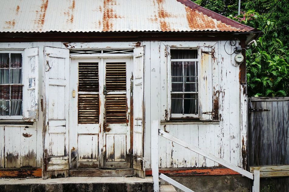 House in Caribbean No People Day Built Structure Outdoors Architecture Building Exterior Close-up Secret Places Travel Destinations Open Edit Fresh 3 Eye4photography  EyeEm Best Shots Vacations City Decay Beauty Of Decay Urbexphotography