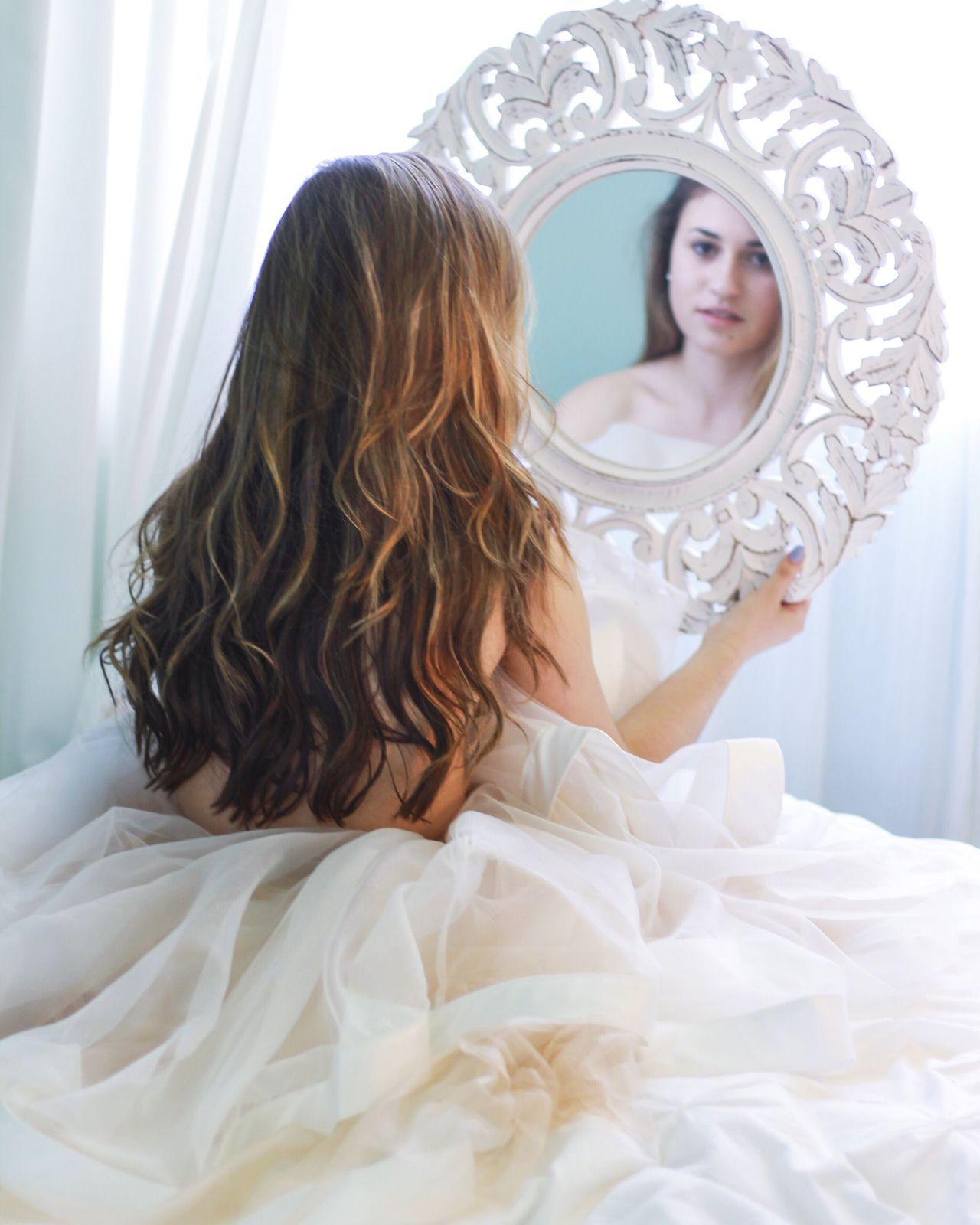 Mirror Bedroom White Hair Bed Sheets Brunette Girl Woman Portrait Portrait Comfy