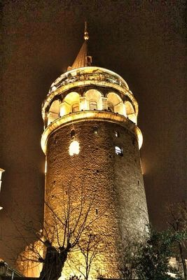Brick Trick at Galata Tower by Tuba Olak