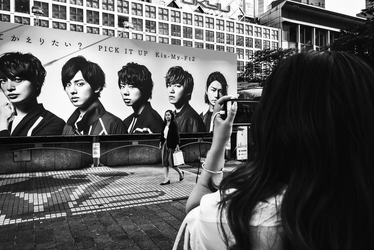 Voidtokyo Streetphotography People Blackandwhite Tokyo Black And White Street Photography Japan Streetphoto Streetphoto_bw Streetphotography_bw B&w Street Photography Monochrome Photography The Week Of Eyeem The Street Photographer - 2017 EyeEm Awards