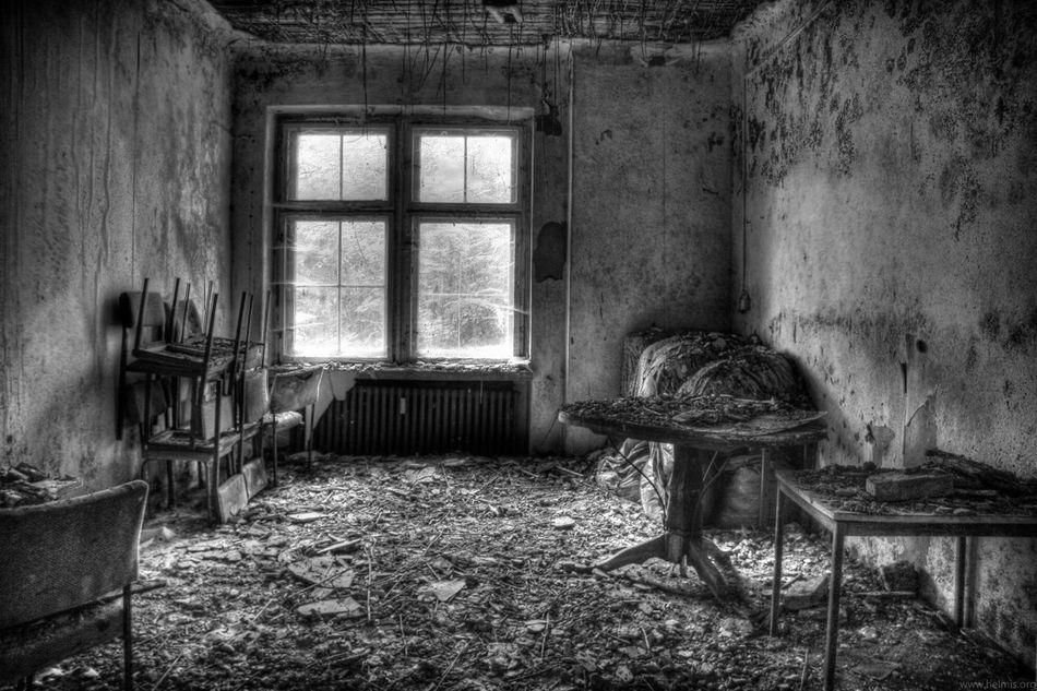 Old Buildings Blackandwhite Photography Urbexexplorer Thuringia Urbanphotography Lostplaces Urbanexploration Urbanexplorer Eastgermany Indoors