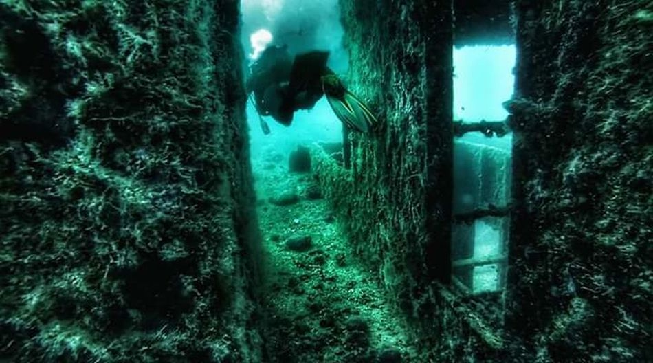 SCUBA Scuba Diving Shipwreck Underwater Underwater Photography Underwater World Sea Water Diving Time Diving Cressi