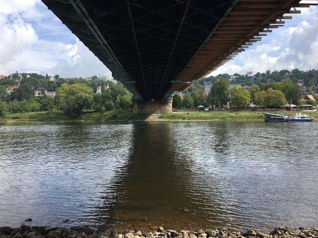 Underthebridge das blaue wunder Elbe Blasewitz