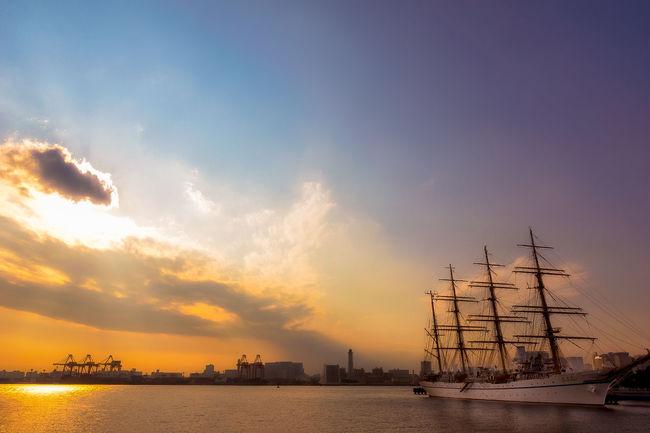 Bay Cloud Cloud - Sky Harbor Orange Color Outdoors Scenics Ship Sky Sun Sunset Tranquil Scene Water Tokyo Bay