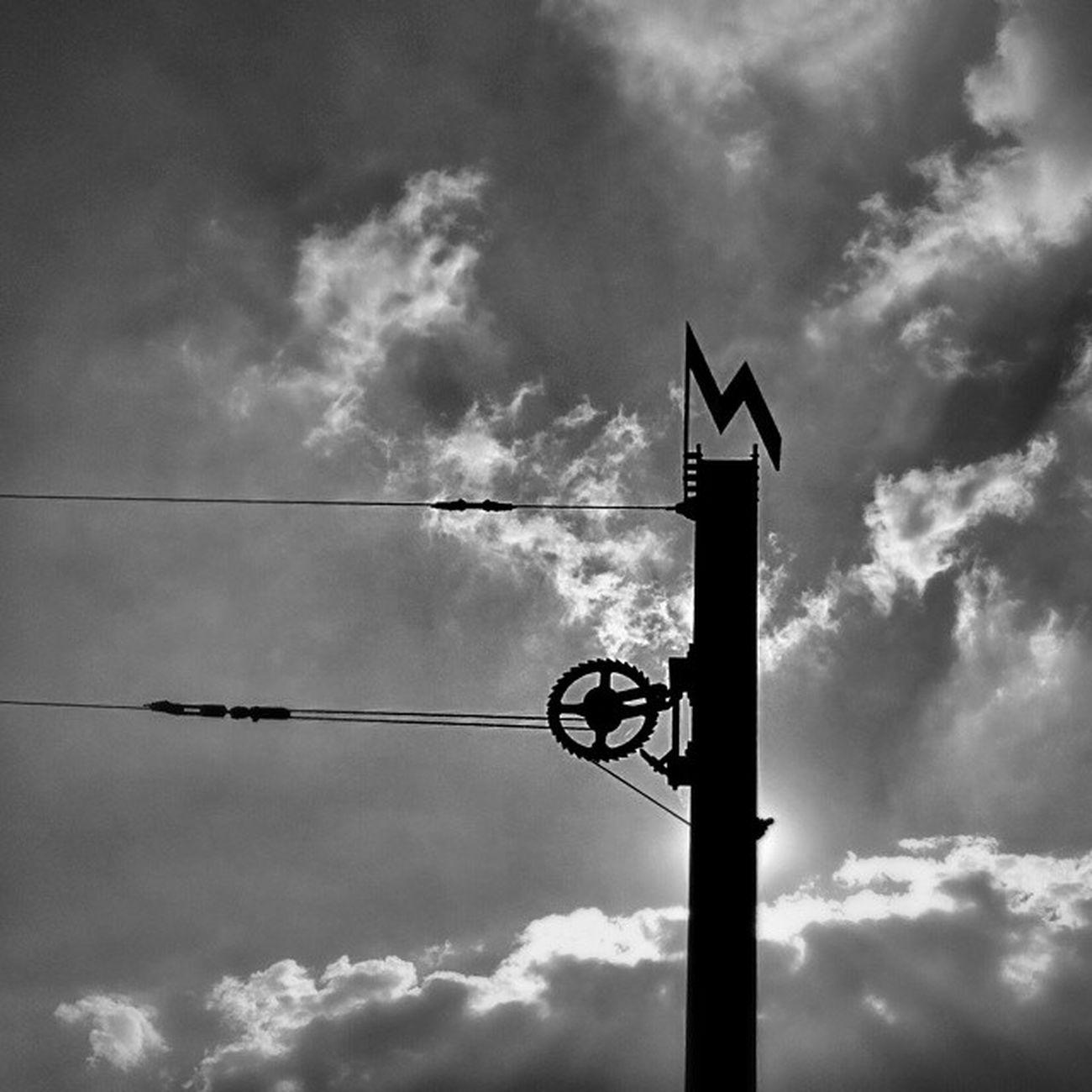 Zacke Zahnradbahn Marienplatz Silhouette clouds