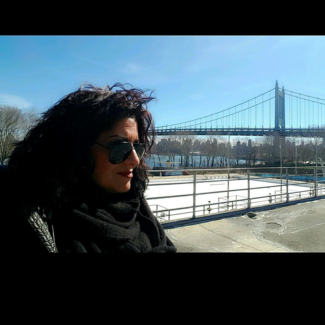 Perfect day ! 🌇🌞🌳🌸 Warm Clothing Day Outdoors Winter Sun Street I❤my Dog Bostonterrier Astoria, Queens, NYC Astoria Queens Astoriapark Park Cold Days City Nature One Person Sunset Check This Out Hello World Walking Sky That's Me One Woman Only Beautiful People Hello World ✌ I❤️ NY